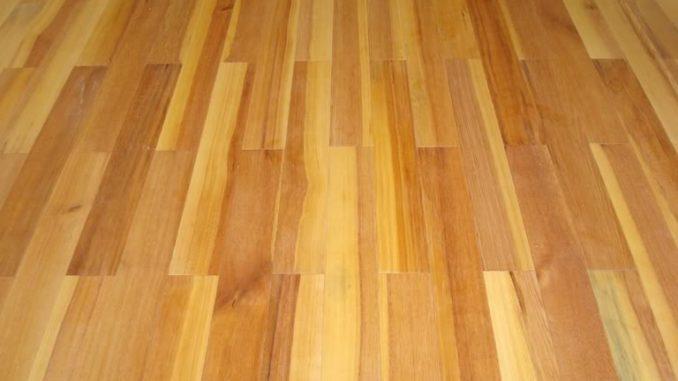 sàn gỗ Tràm cũng là sản phẩm đươc ưa chuộng hiện nay