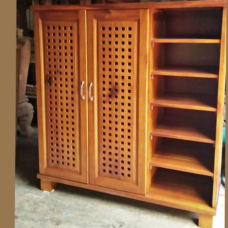 tủ bằng gỗ tràm