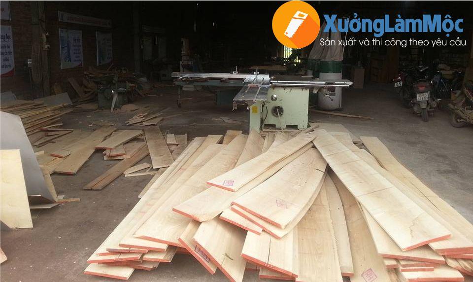 Chất liệu gỗ dùng để đóng giường ngủ cho công nhân